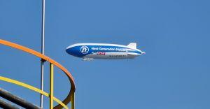 Zeppelin ZF przeleciał nad naszym miastem! Adam Małysz na pokładzie