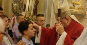 Wizyta bp Piotra Gregera w parafii pw. Opatrzności Bożej w Ligocie