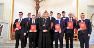 [ZDJĘCIA] Ośmiu mężczyzn z naszej diecezji chce zostać kapłanami