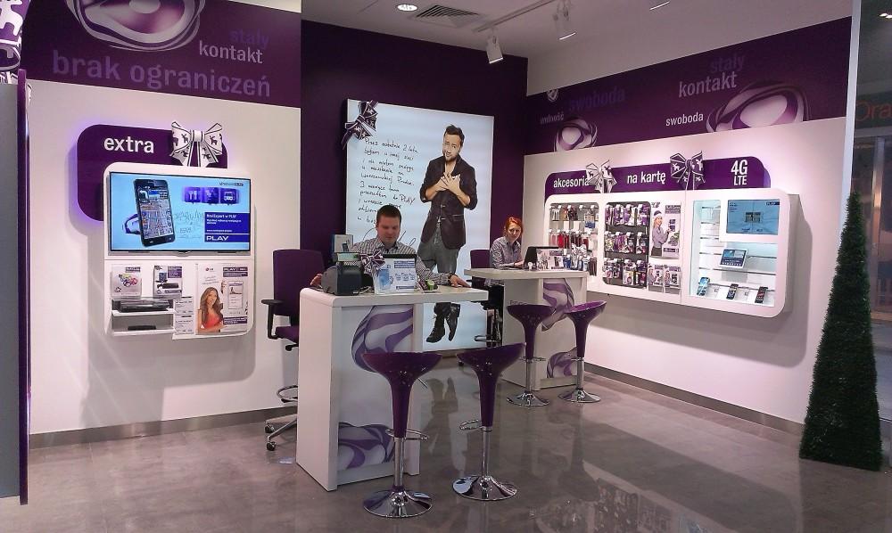 czechopl nowy salon play czynny do 2100