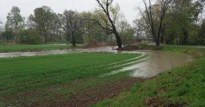 Poziom wody w Iłownicy ciągle rośnie. Blisko stanu alarmowego