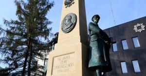 [ZDJĘCIA] Pomnik Wolności jest już gotowy. Monument robi wrażenie!