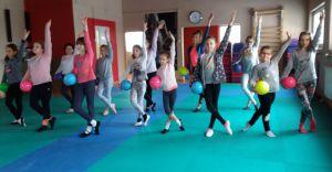TKKG: Gimnastyka artystyczna dla dziewczynek w wieku 5-14 lat