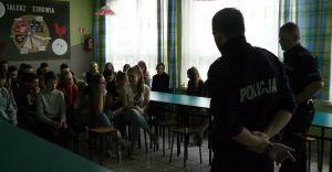 Czechowiccy policjanci rozmawiali z gimnazjalistami o cyberprzemocy