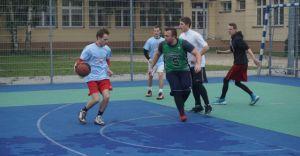 [ZDJĘCIA] Turniej Koszykówki Ulicznej na czechowickim Orliku