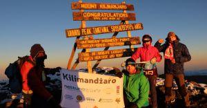[ZDJĘCIA] Szymon Żoczek zdobył szczyt Korony Ziemi - Kilimanjaro!