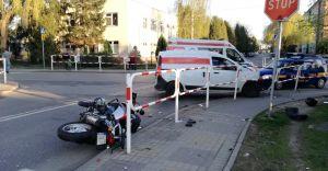 Poważny wypadek na skrzyżowaniu. Motocyklista trafił do szpitala - foto