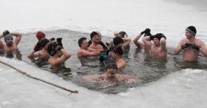 Czechowickie morsy zapraszają na kąpiele w lodowatej wodzie