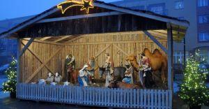 [ZDJĘCIA] Betlejemska szopka na Placu Jana Pawła II